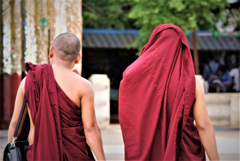 I due monaci e la geisha: la saggezza di saper lasciareandare