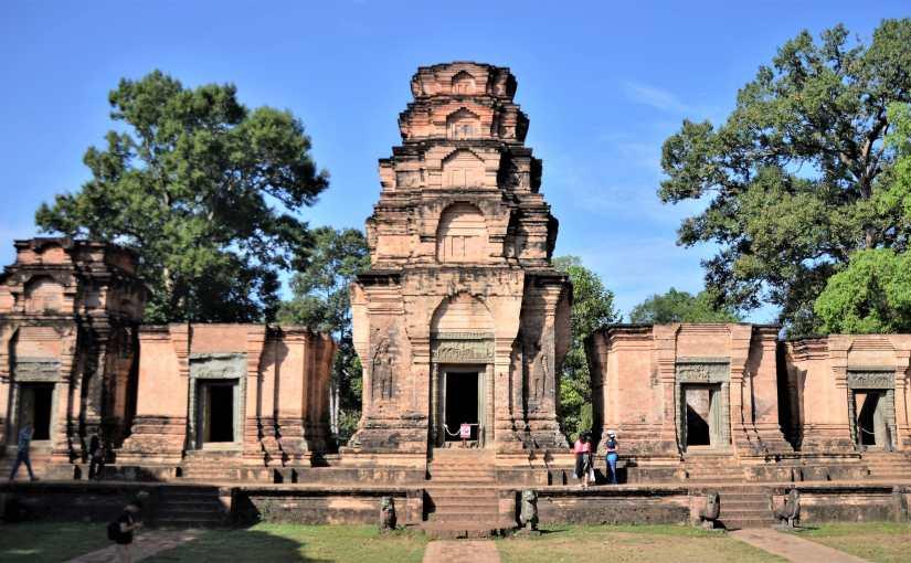 Quando si dice avere il mondo ai propri piedi: storia del nano Vamana, il dio dal passolungo